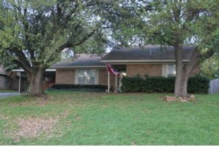 3 BR,  2.00 BTH  Single family style home in Panama City